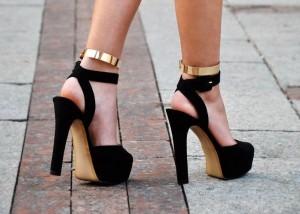 halluks valgus topuklu ayakkabi